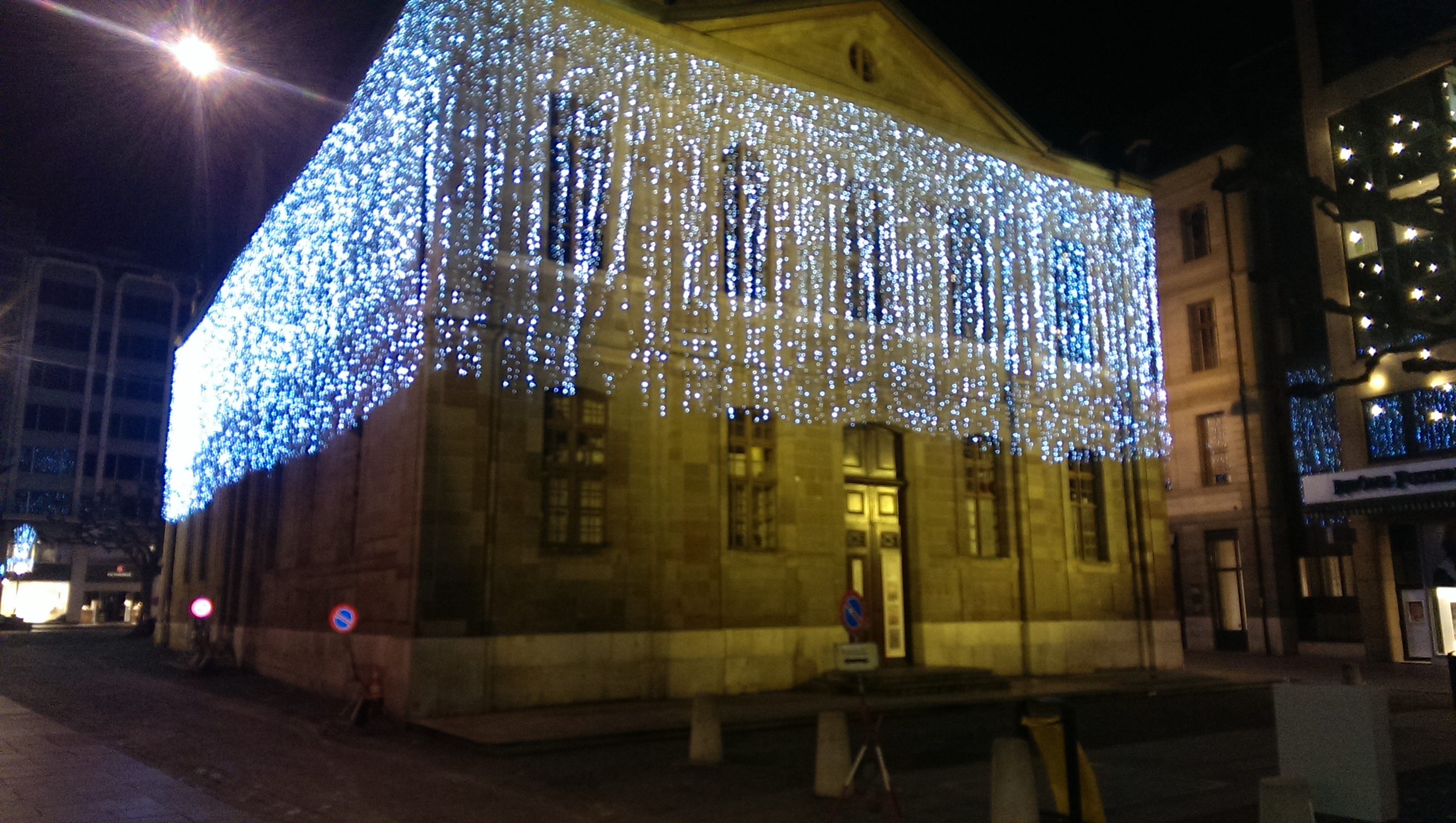 Christmas time in Geneva — Cool Christmas lights abound! – Swiss ...