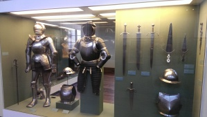 The Savoyards wore these suits and carried these weapons. How they were able to climb a 30 foot ladder?The mystery remains.