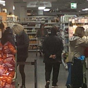 Coop grocery clerk